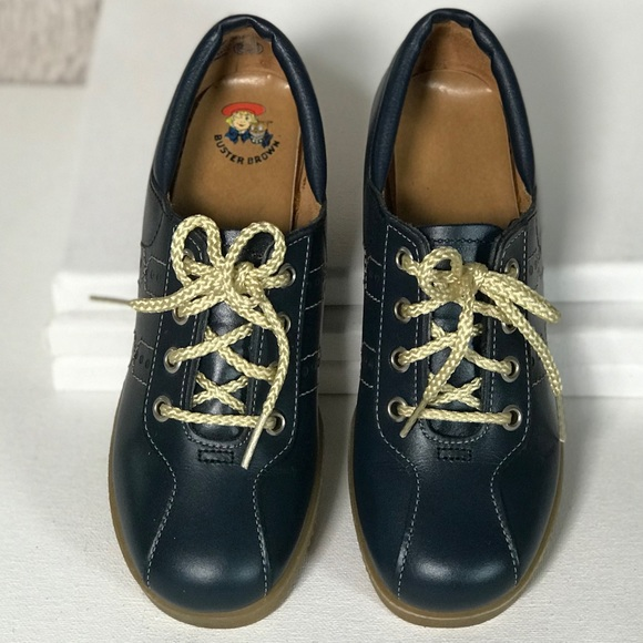 3c39a01bd9599 VintAge Buster Brown Girls 1970s School Shoes NWT